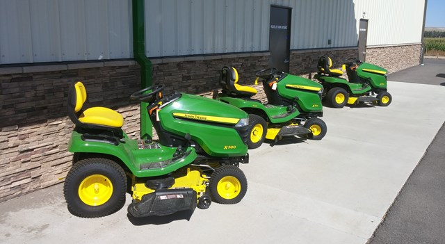 We sell commercial and consumer lawn care and snow removal equipment. We have a complete service department with certified technicians. We can sharpen your lawn mower blades, chainsaw chains, or fix that flat tire on your lawn tractor.