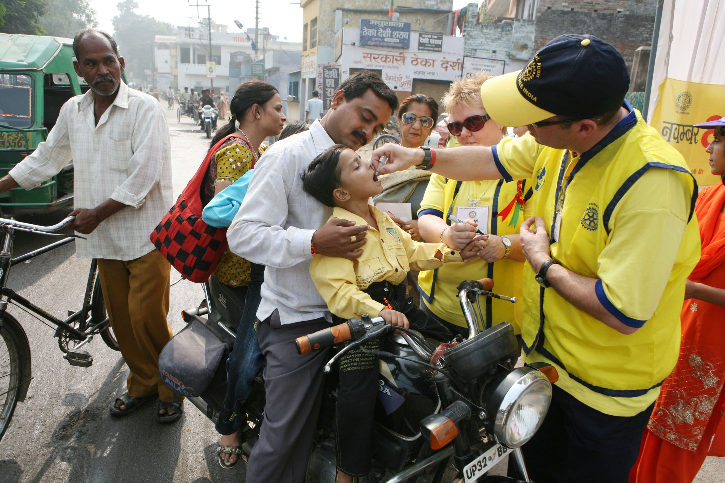 poliovirus polio immunization plus Introduction the global polio eradication initiative aims to eradicate the disease by providing polio vaccines to every child globally ensuring a polio-free world for future generations (ipv) to stop the risk of polio caused by vaccine-derived poliovirus.