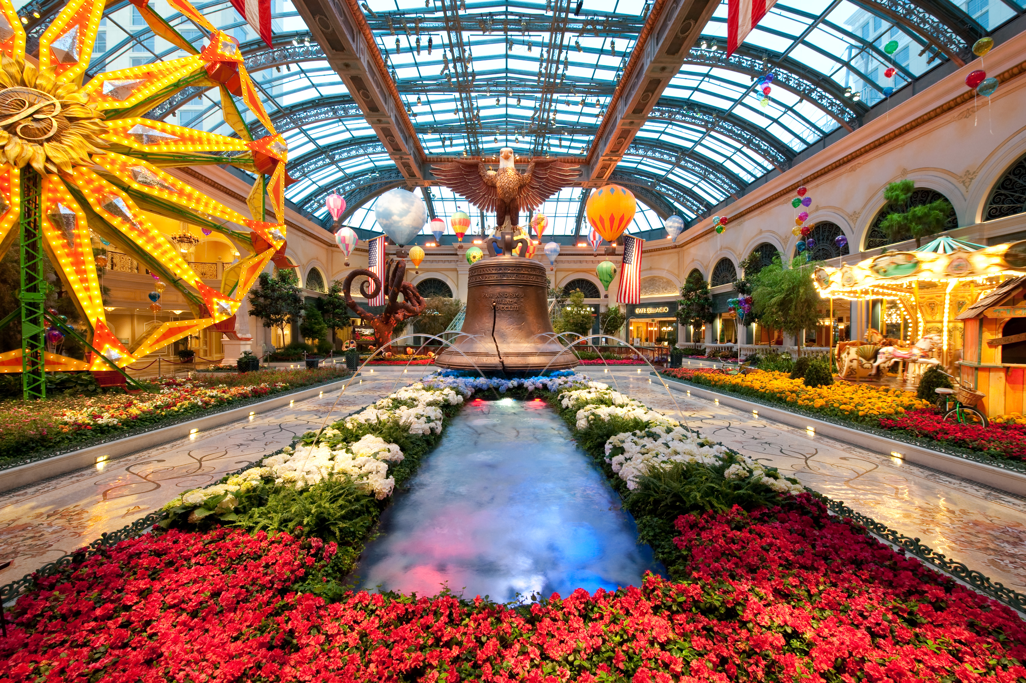 Spring Into Summer At Bellagio 39 S Conservatory Botanical