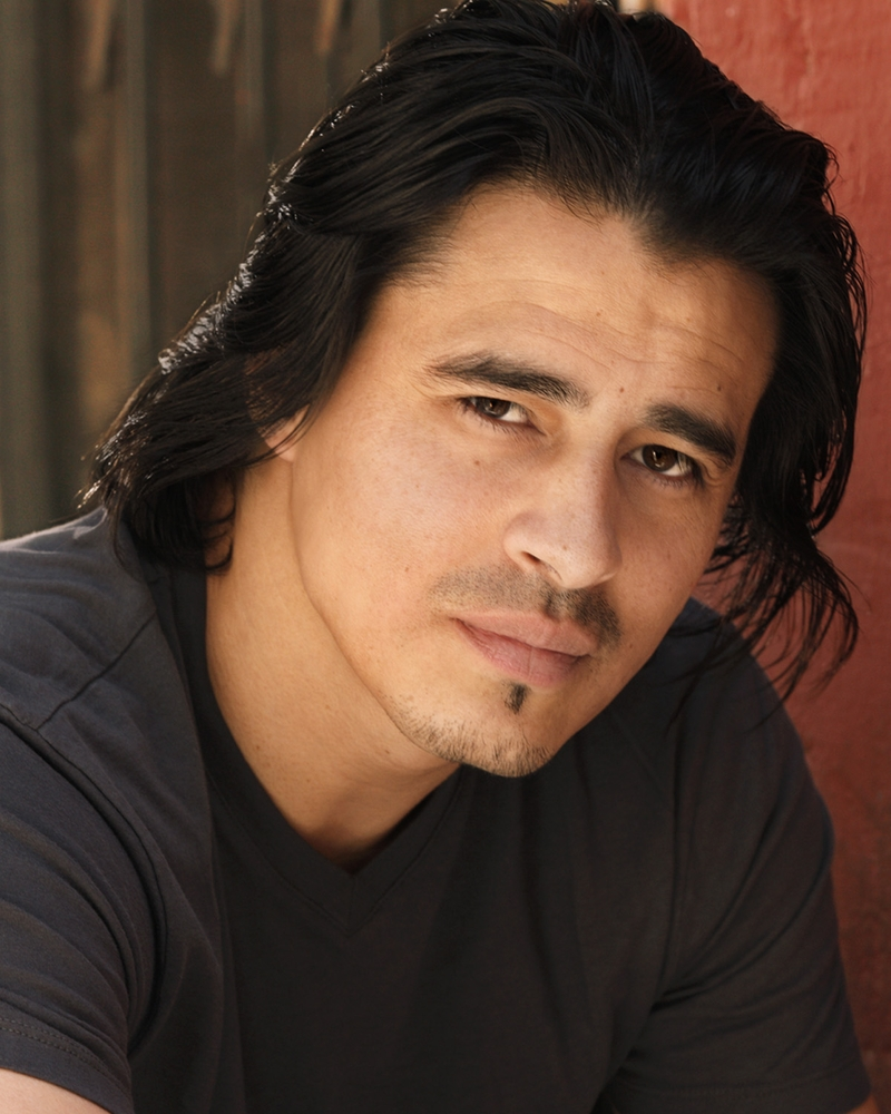 Sexy Latino Actor Antonio Jaramillo Joins The Drug Cartel For Oliver Stones Savages