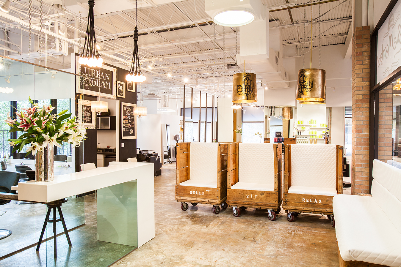 Blue Mambo Salon Unveils A New Earthy Chic Vibe And