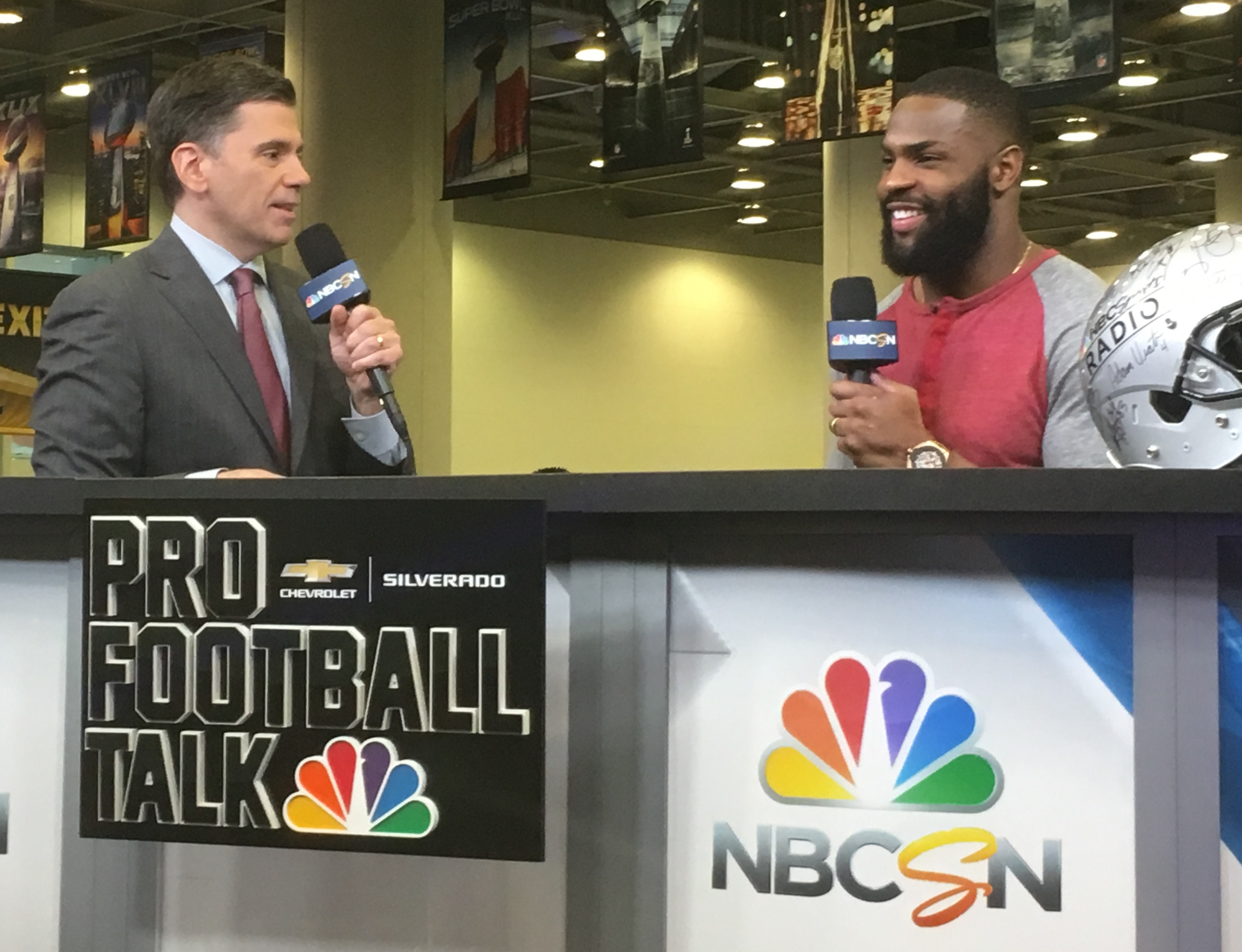demarco murray relishes new look and outlook wahl home. Black Bedroom Furniture Sets. Home Design Ideas