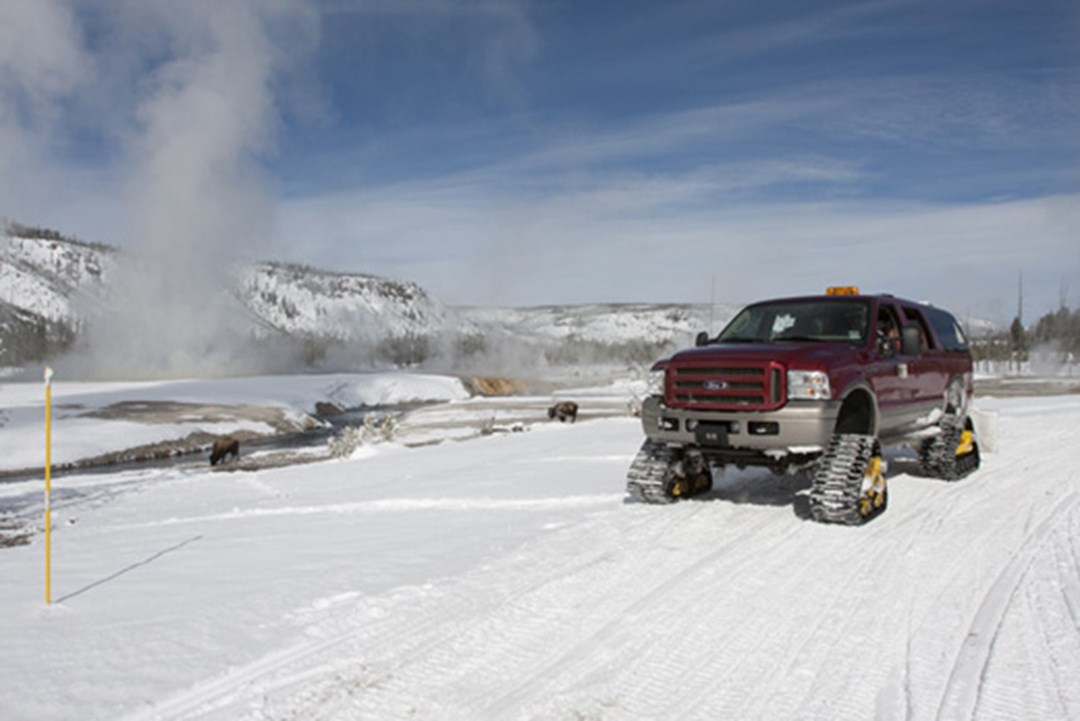 Enjoy winter vacation adventure deals in wyoming 39 s wind for Best winter vacation deals