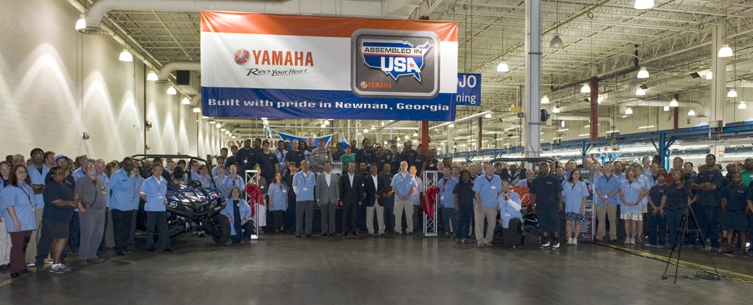 Yamaha ships first viking side by side vehicle yamaha for Motor manufacturers in usa