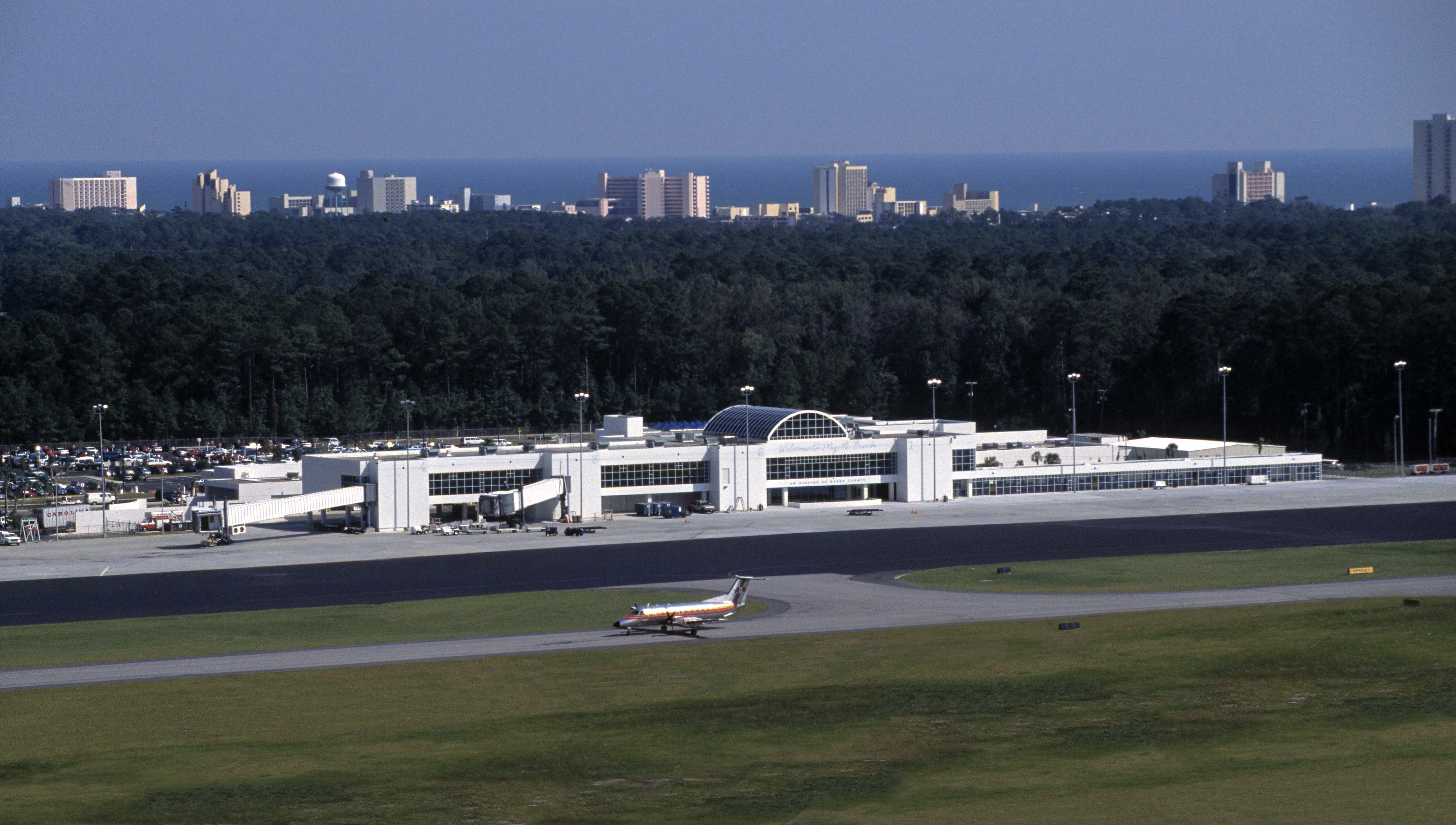 Porter Airlines Heats Up With Winter Service To Myrtle Beach Visit Faa Airport Diagram Myr