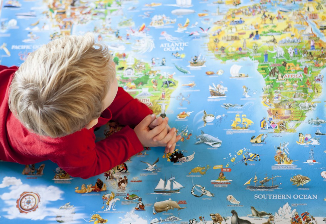 Kids meet world Great Geographic Gifts for the young explorer – Travel Maps For Kids