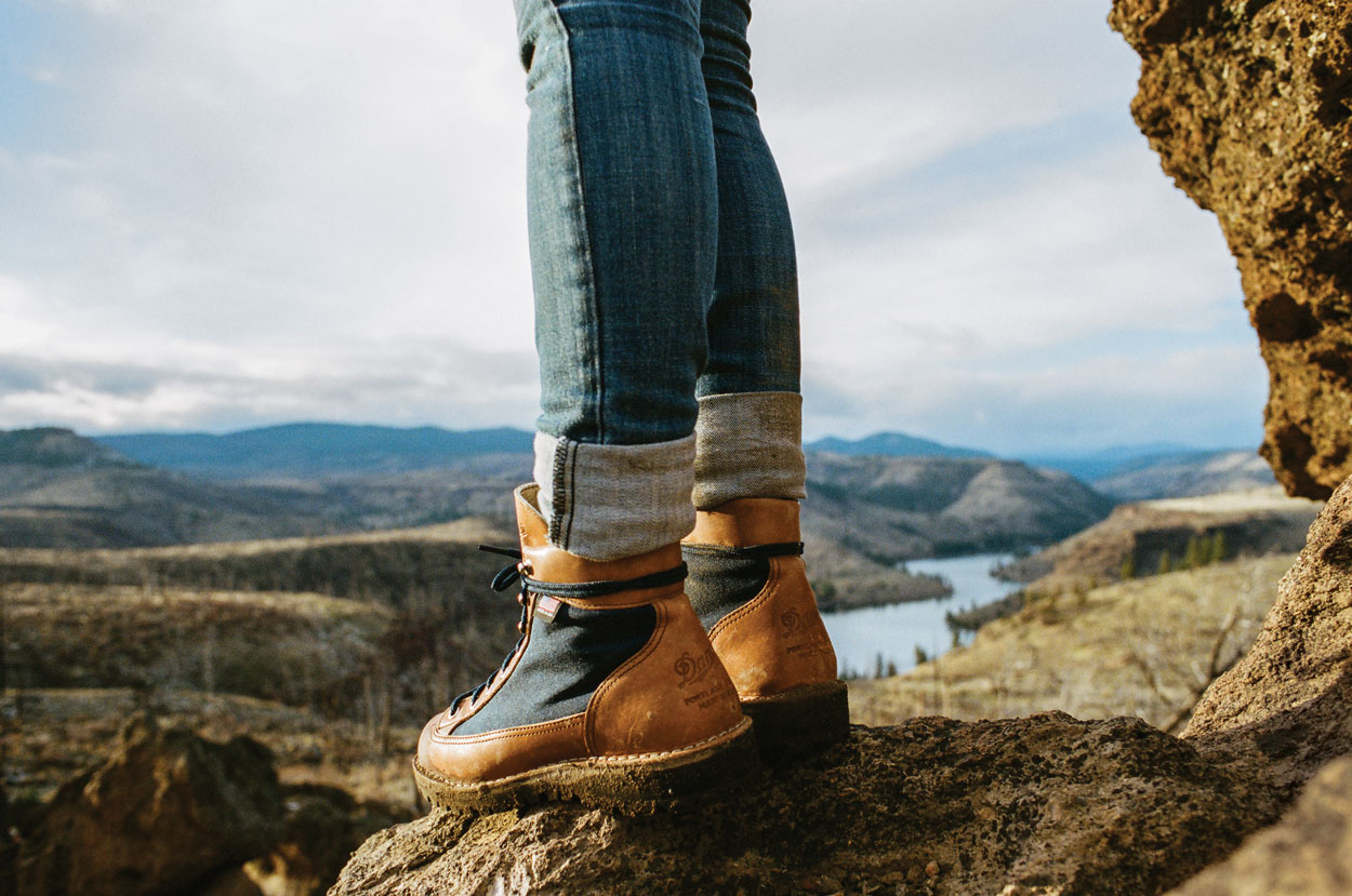 5b23b901c72 DANNER EXPANDS WOMEN'S COLLECTION WITH DANNER LIGHT CASCADE