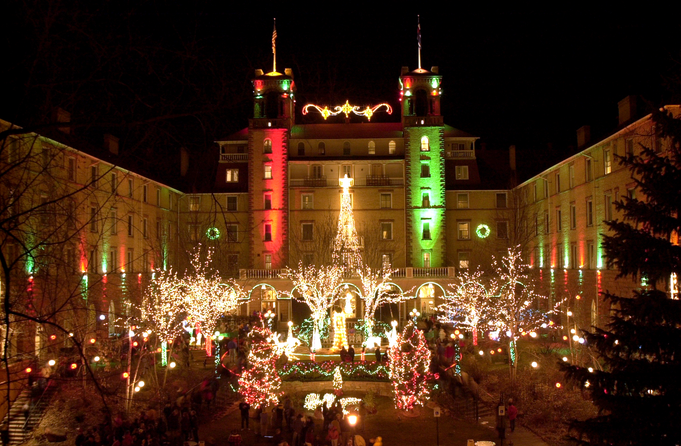 5 Reasons To Spend Holiday 2014 In Glenwood Springs
