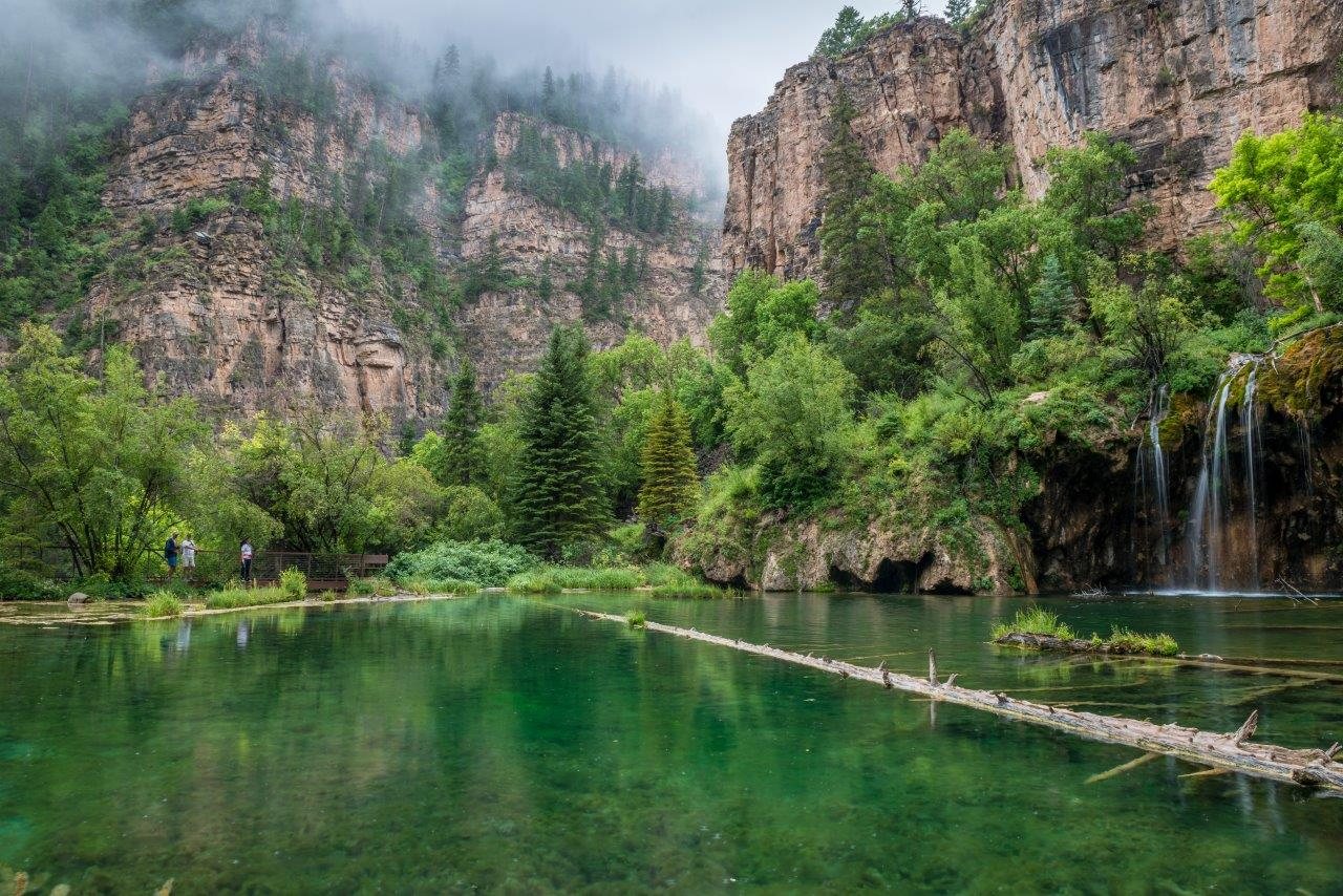 Hanging lake the best times to hike glenwood springs for Fishing lakes in colorado springs