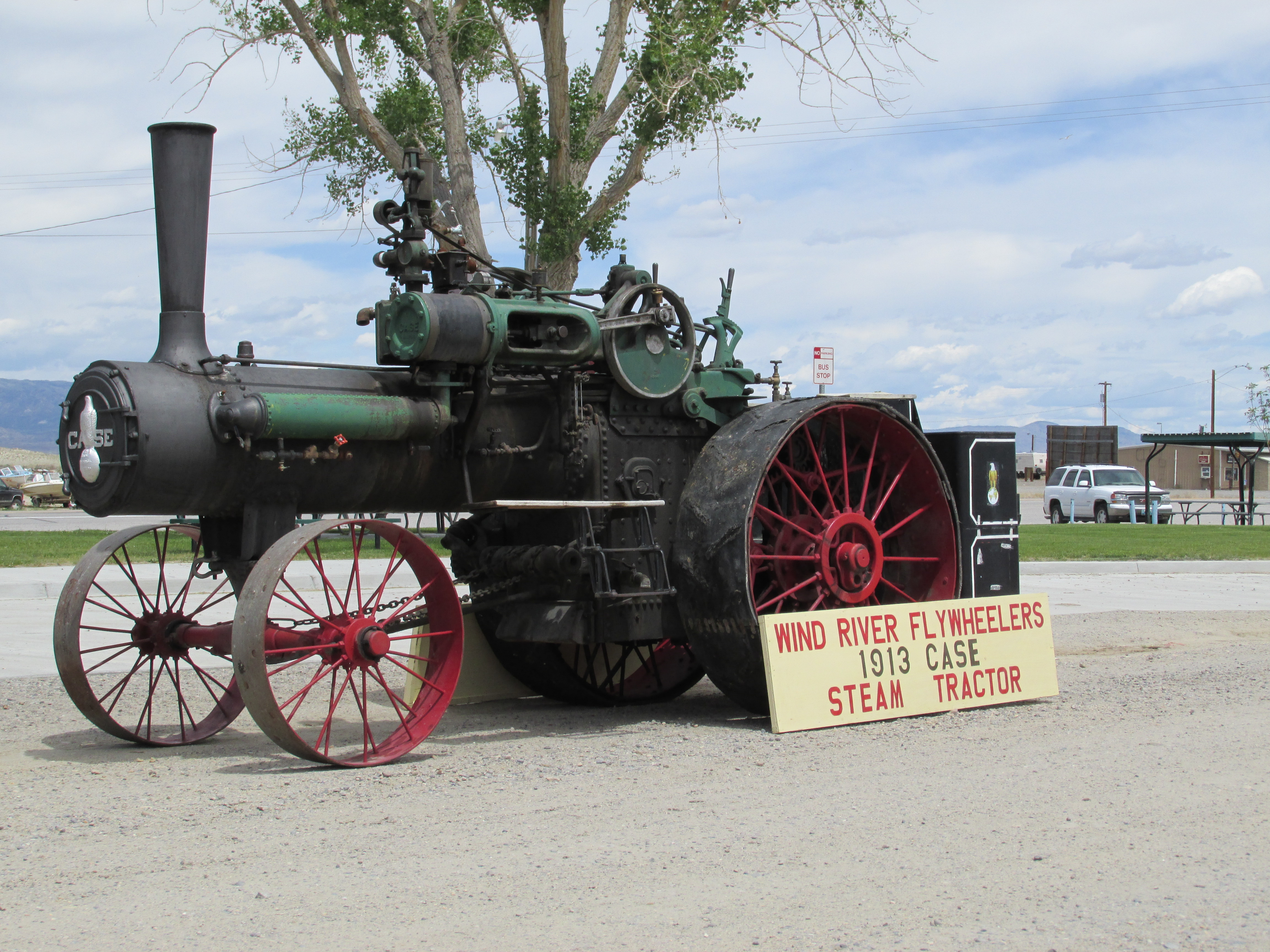 the don layton memorial antique tractor and engine show will be held in shoshoni wyoming 39 s east. Black Bedroom Furniture Sets. Home Design Ideas